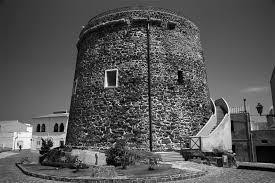 """La torre """"black and white"""""""